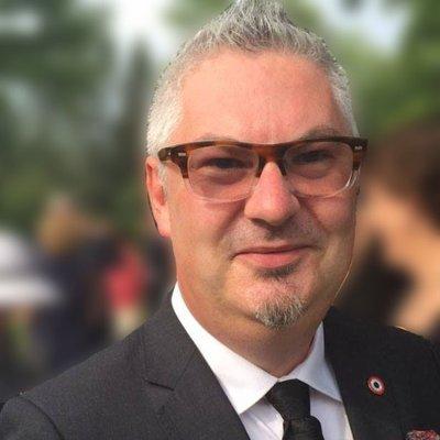 Démission du président de l'UFE-Toronto